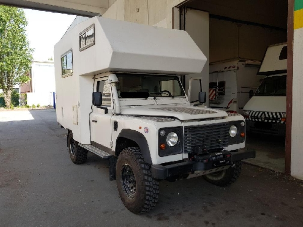 LAND ROVER DEFENDER 110C